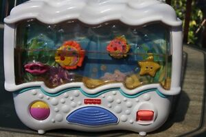 Fisher Price- Mobile Aquarium 3 in 1/Aquarium Mobile