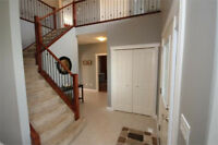 Beautiful Airdrie Home - Great for Growing Family