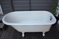 Clawfoot Tub with Shower attachment