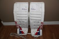 CCM Pads/blocker/glove