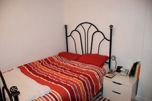 Fully furnished studio apt. Available now, everything included!