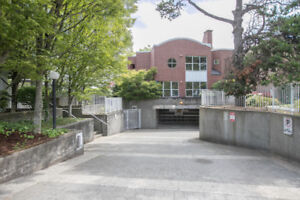 2BD/2BTH Condo in Secured Gated Community for Rent