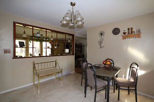 Check out this 1078sqft bungalow, complete w/ an attached garage Regina Regina Area image 3