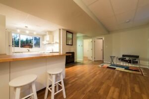 2 br - 750ft2 - Self-Contained Suite in Upper Lonsdale