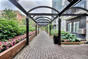 Downtown,Near Concordia,McGill Univ,furnished great building