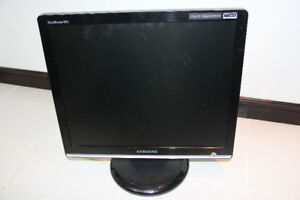 Samsung Monitor – Great Quality!