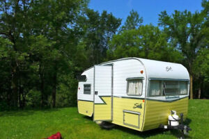 Vintage Style Shasta Trailer for Rent !!!