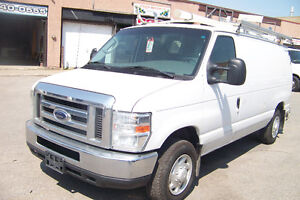 2008 FORD E-150  LOCATION 450$ +TX