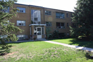 Large 2 Bedroom Apartment Available in Beamsville