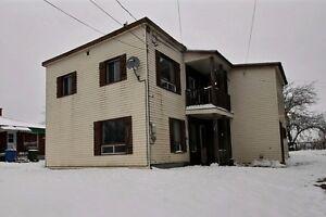 Weedon - Duplex payant - 49 000 $