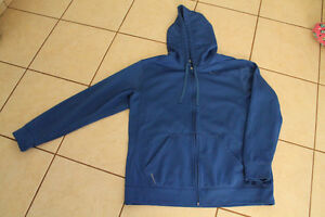 Nike Therma-Fit Size M