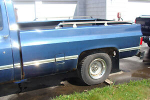 87 Chev Truck Box