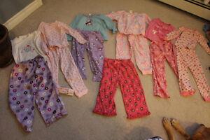 6 Pairs of Girls Size 5 pajamas plus adorable extra pj bottoms