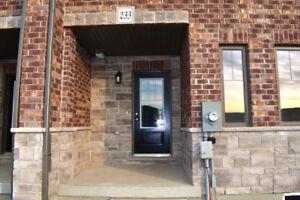 Brand New Luxury Townhome in the South End of Guelph