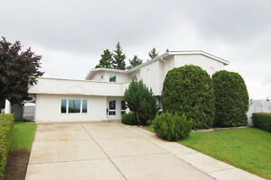 Majestic 2 Storey Home on Quiet Cul De Sac in Delwood