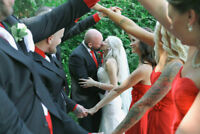 $1200 Special offer: Winnipeg Wedding Photography ✔
