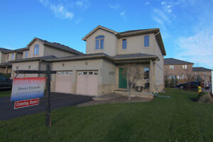 2097 Beaverbrook Ave for Sale London Ontario image 1