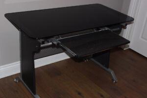 2x bureaux d'ordinateur verre trempé/teinté avec plateau-clavier