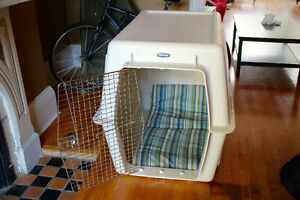 Petmate Kennel, Giant dog crate