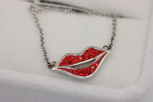 Lip Shaped Swarovski Pendant Silver Necklace (#15421)