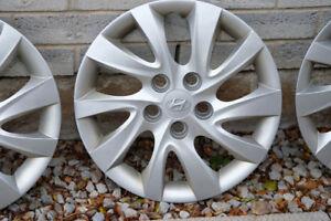 """Hubcaps - Hyundai 16"""""""