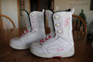 Girls Snowboard Boots - Size 4