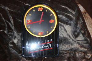 Michelob Golden Draft Neon Clock