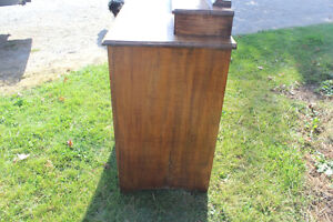 Old 3 Drawer Dresser with Mirror London Ontario image 9
