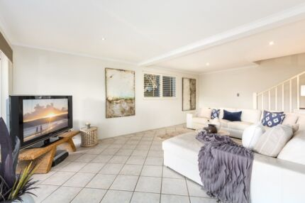 Quality Lounges for sale Avalon Pittwater Area Preview
