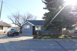 559 Rogers Ave  Picture Butte