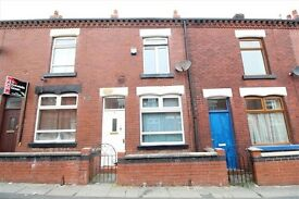 2 Bed Mid-terrace House, Close to local amenities and motorway network.