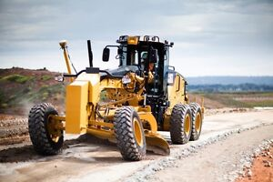 GRADER AVAILABLE FOR HIRE - GREAT RATES