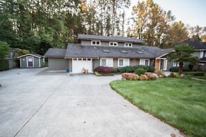 $4400(ORCA_REF$3514F)EDGEMONT DREAM HOUSE! Handsworth Catchment! North Shore Greater Vancouver Area image 1