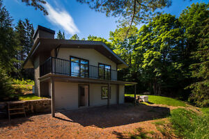 Chalet tout neuf a vendre a Morin-Heights