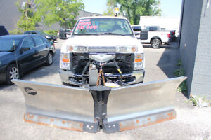 2009 Ford F-350 XL LOW KMS ONE OWNER SNOW PLOW