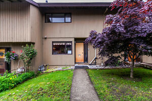 3 BEDROOM TOWNHOUSE IN BURNABY