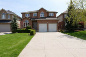 Ancaster Beautiful detached 4+1 br 3.5 bath house