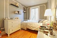 Room in Spacious 5 1/2, Monkland, NDG. Ideal for students