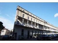 2 bedroom flat in West Mall, Clifton, Bristol, BS8 4BG