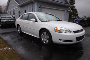 ***2011 Chevrolet Impala LT Sedan!***