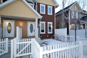 PRISTINE SHOWING CONDITION TOWNHOME IN SOUTH TERWILLEGAR
