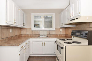 31 FARRELL DRIVE, MOUNT PEARL, NL (TOWNHOUSE) - MOVE IN READY!! St. John's Newfoundland image 3
