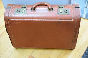 Vintage/antique valise/suitcase - FINAL PRICE DROP