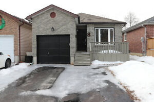 Charming 2 Bedroom Semi Available in the Heart of Bowmanville!