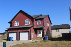 Executive Furnished Rental with Garage