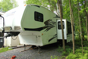 Fifth wheel cougar 276rls