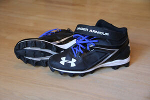 Souliers de football UNDER ARMOUR taille 12 US