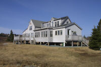 EXQUISITE 3BR/1.5 BATH OCEANFRONT HOME. PRIVATE LOCATION