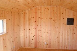 5 sealed pkgs Knotty Cedar V-Groove Panelling - 70sq.ft.