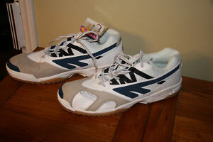 Size 14 Hi-Tec Indoor Athletic Shoes - Kingston Kingston Area image 1